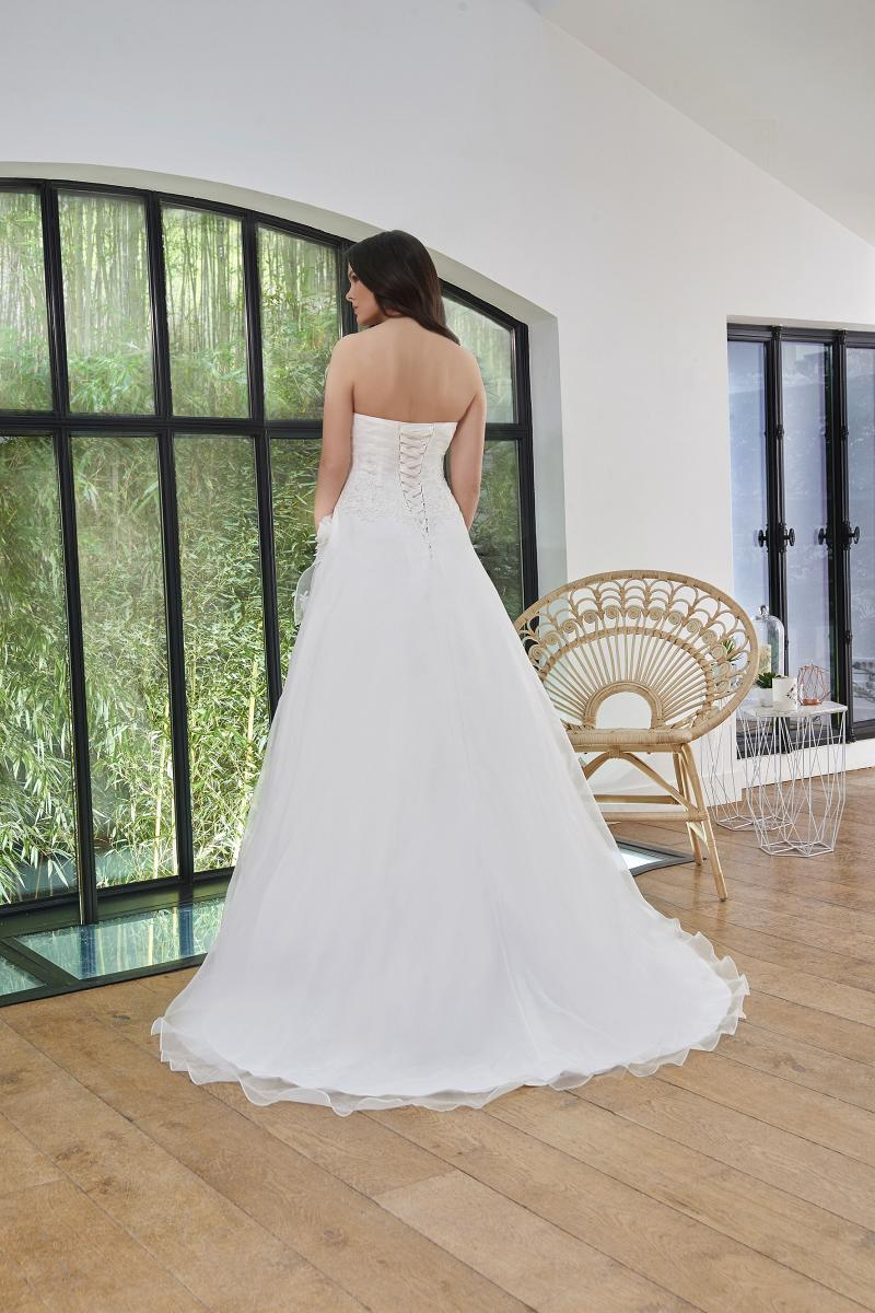 celli-spose-2019-sposa-miss-paris-193-03-031