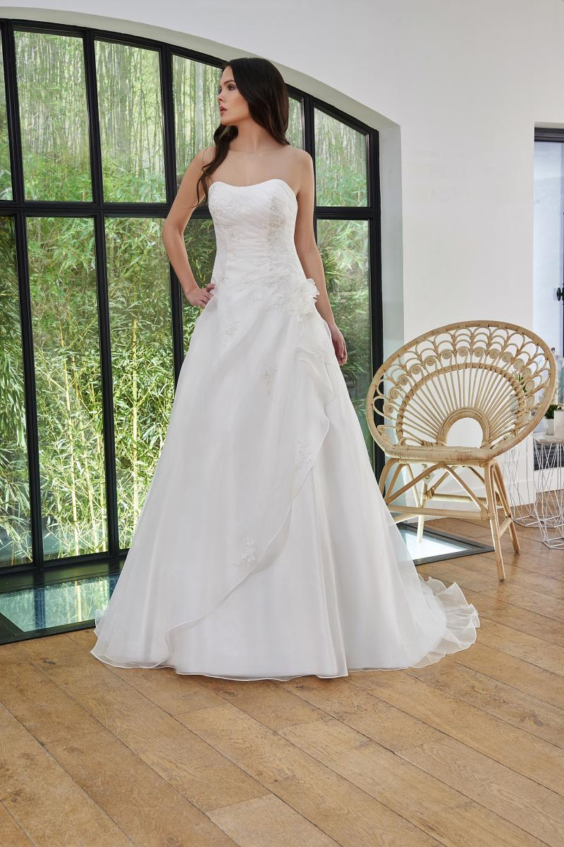 celli-spose-2019-sposa-miss-paris-193-03-036