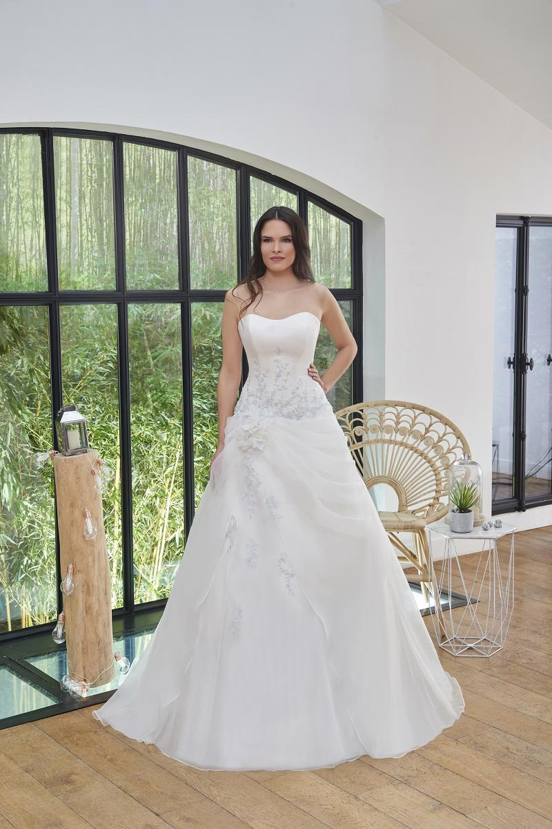 celli-spose-2019-sposa-miss-paris-193-06-030