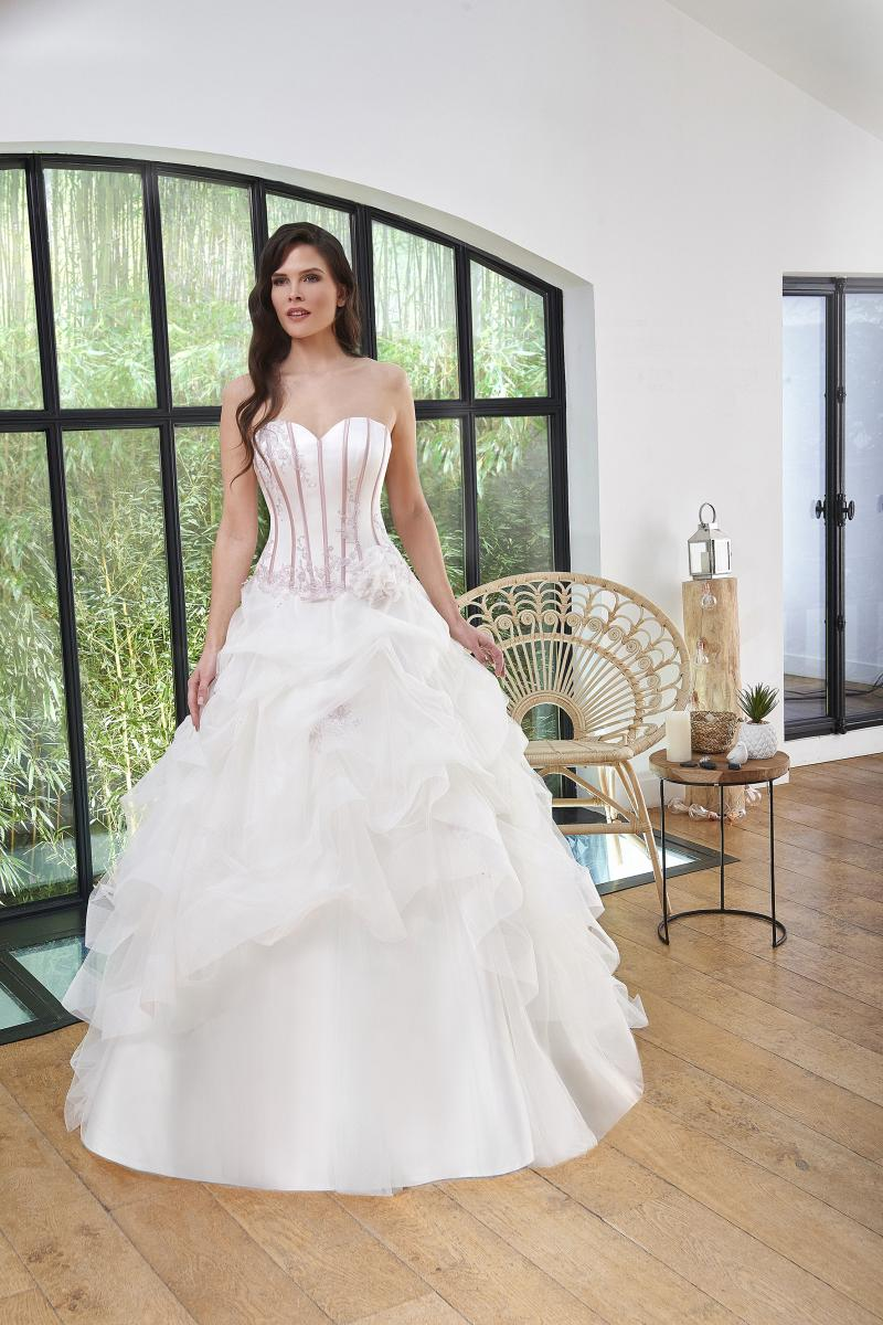 celli-spose-2019-sposa-miss-paris-193-07-017