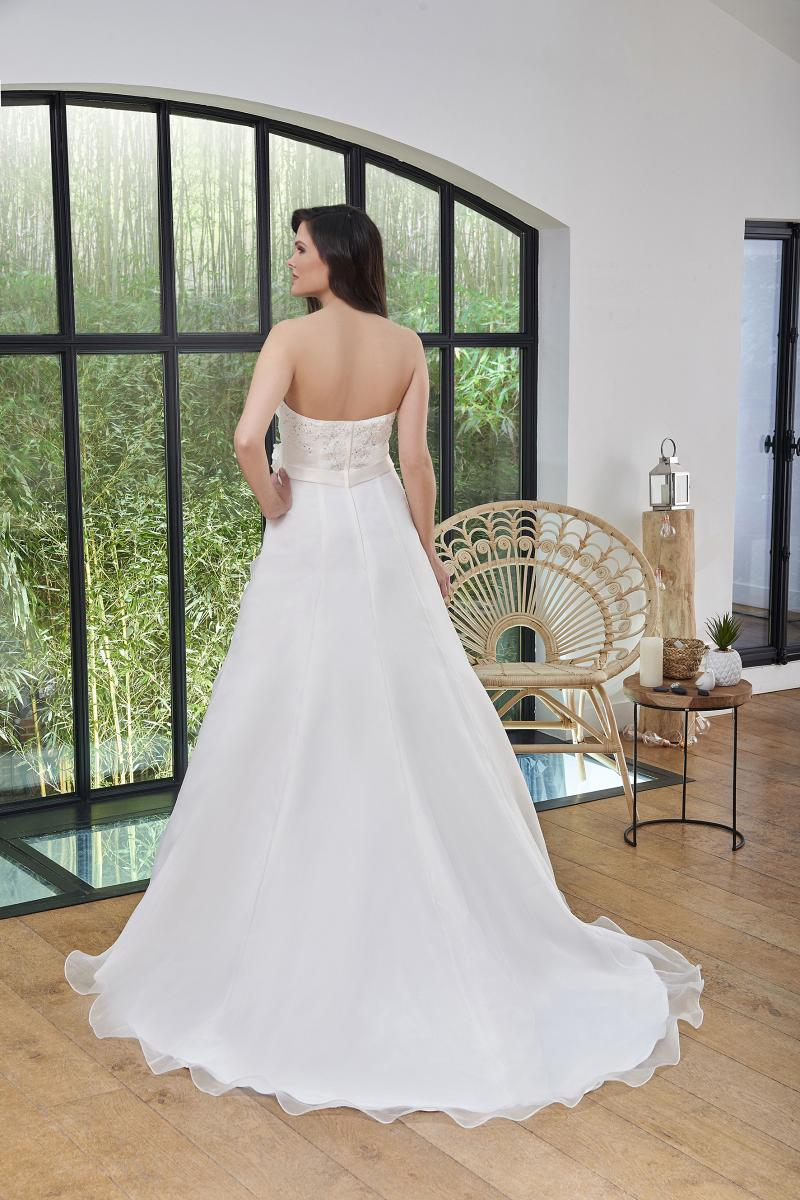 celli-spose-2019-sposa-miss-paris-193-08-040