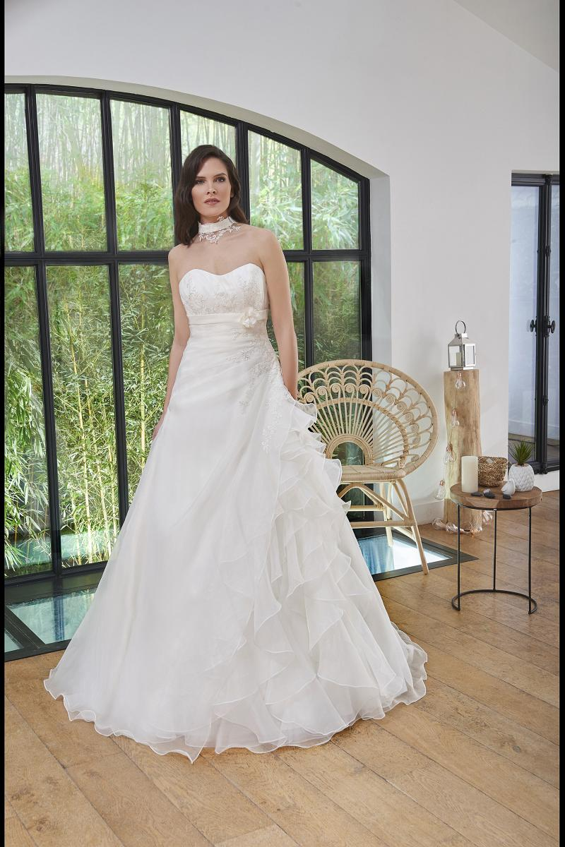 celli-spose-2019-sposa-miss-paris-193-09-044