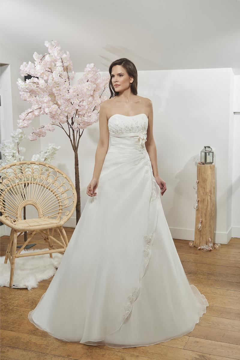 celli-spose-2019-sposa-miss-paris-193-10-079