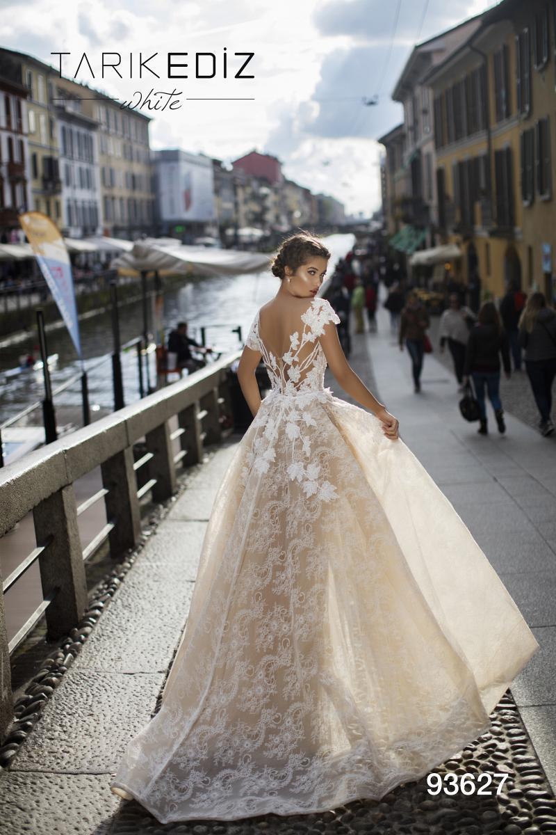 celli-spose-2019-sposa-tarik-ediz-93627-2