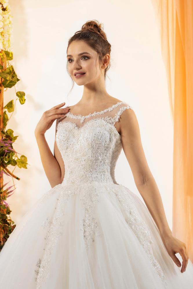 celli-spose-2020-crystalline-bridals-1045-3