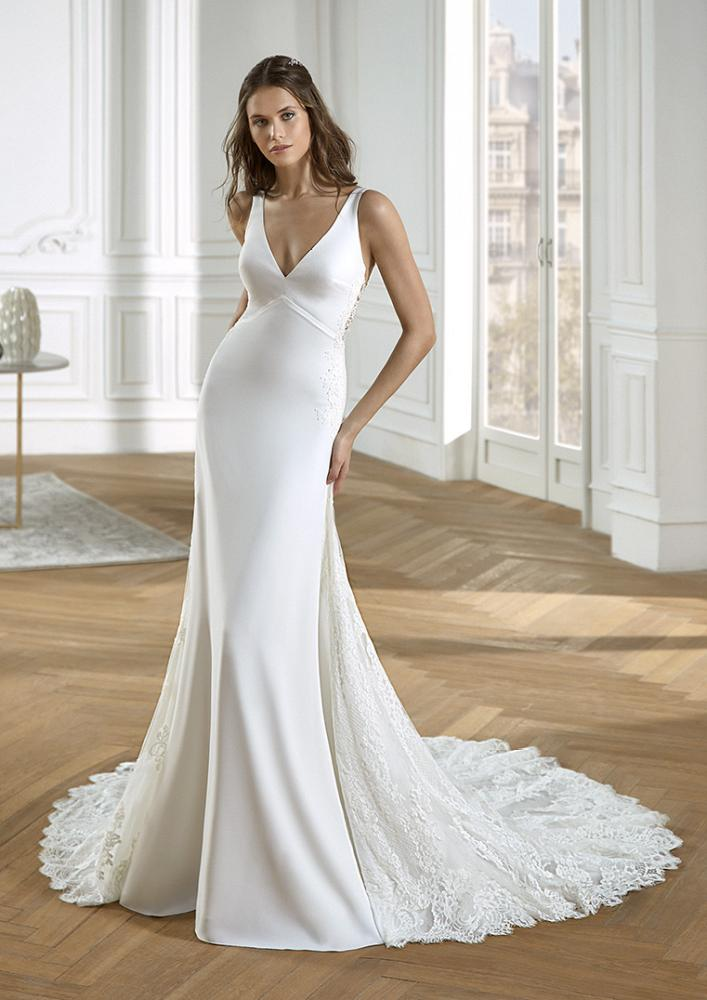 celli-spose-2020-san-patrick-pronovias-DEBILLY-B