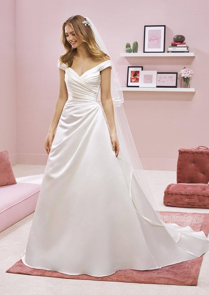 celli-spose-2020-white-one-pronovias-ALICAI-B