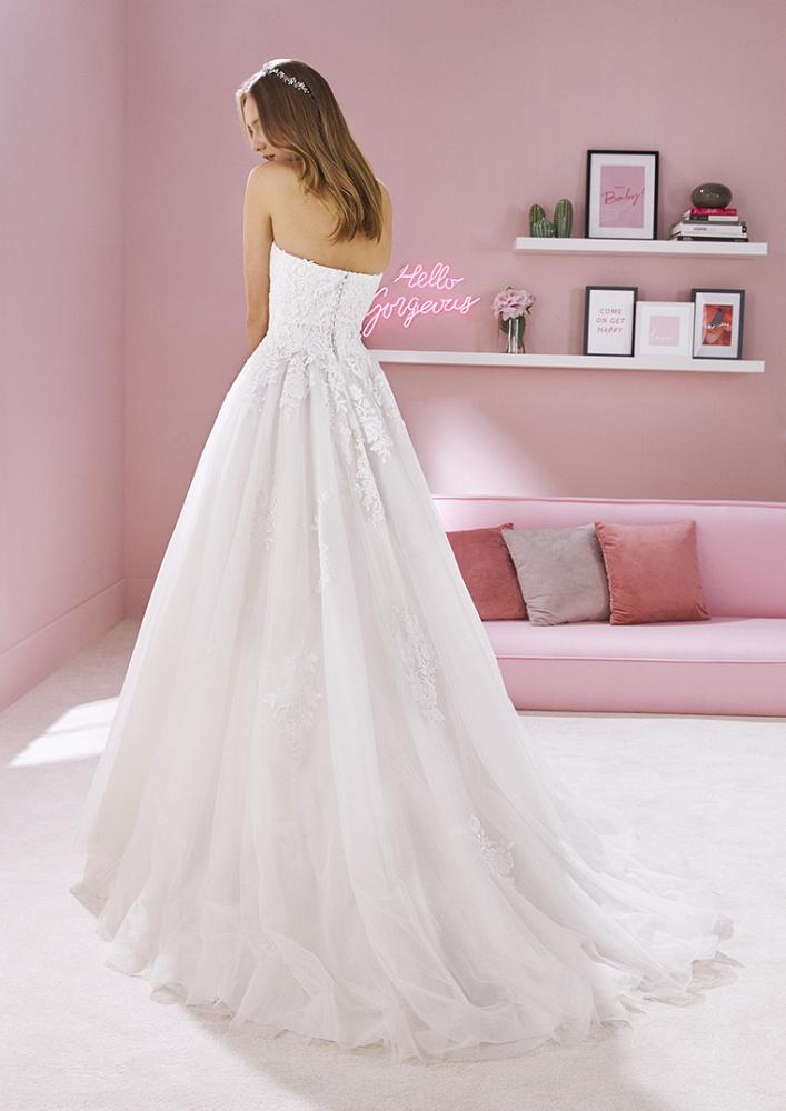 celli-spose-2020-white-one-pronovias-CHELSEA-C