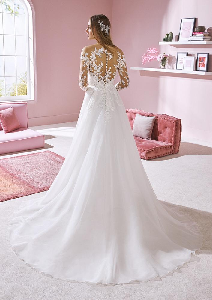 celli-spose-2020-white-one-pronovias-CHLOE-C
