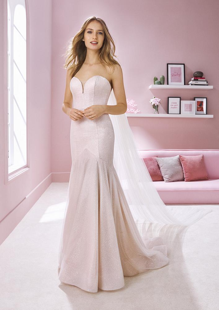 celli-spose-2020-white-one-pronovias-DEBBIE-B