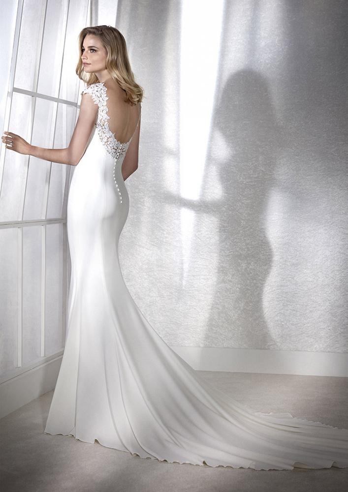 celli-spose-2020-white-one-pronovias-FIANA-C