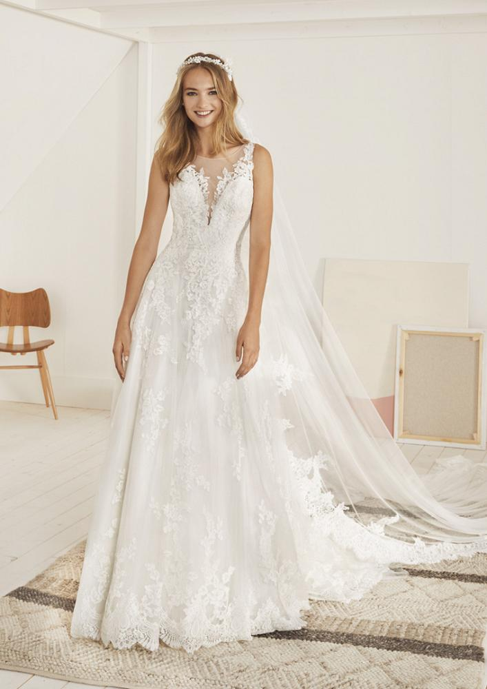 celli-spose-2020-white-one-pronovias-OLITE-B