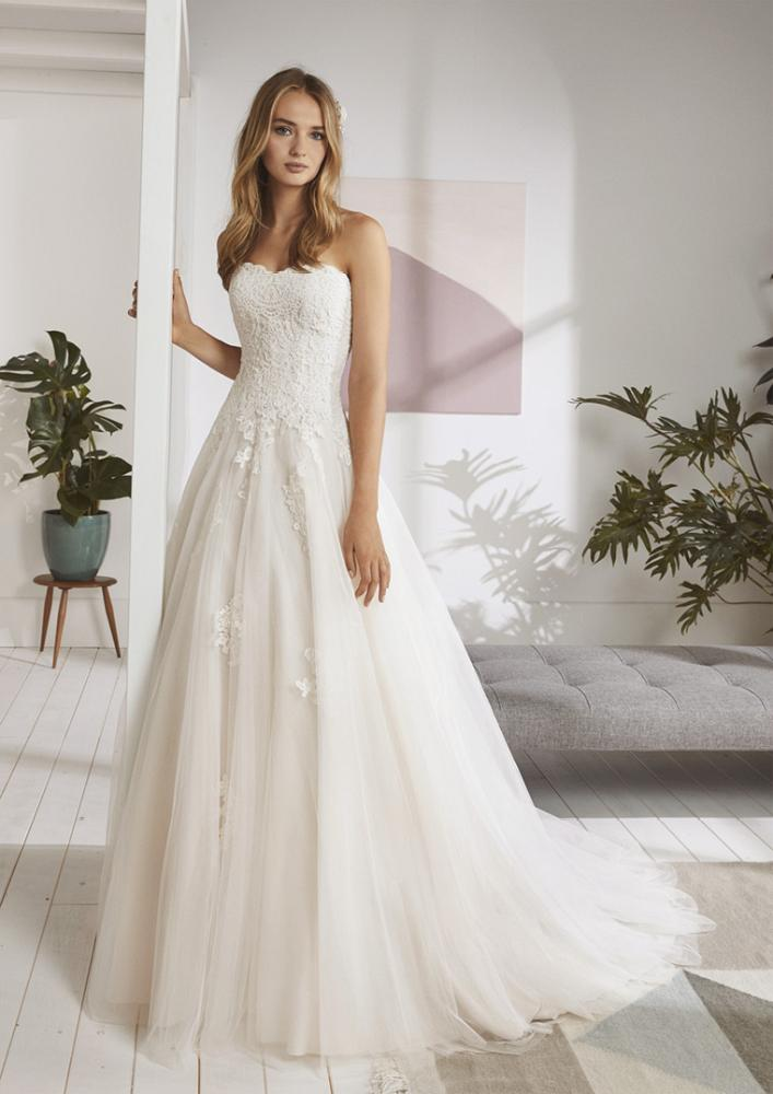 celli-spose-2020-white-one-pronovias-ORDIZIA-B