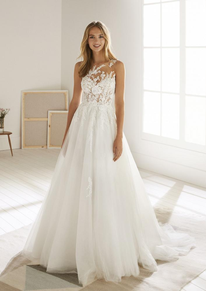 celli-spose-2020-white-one-pronovias-OROPESA-B