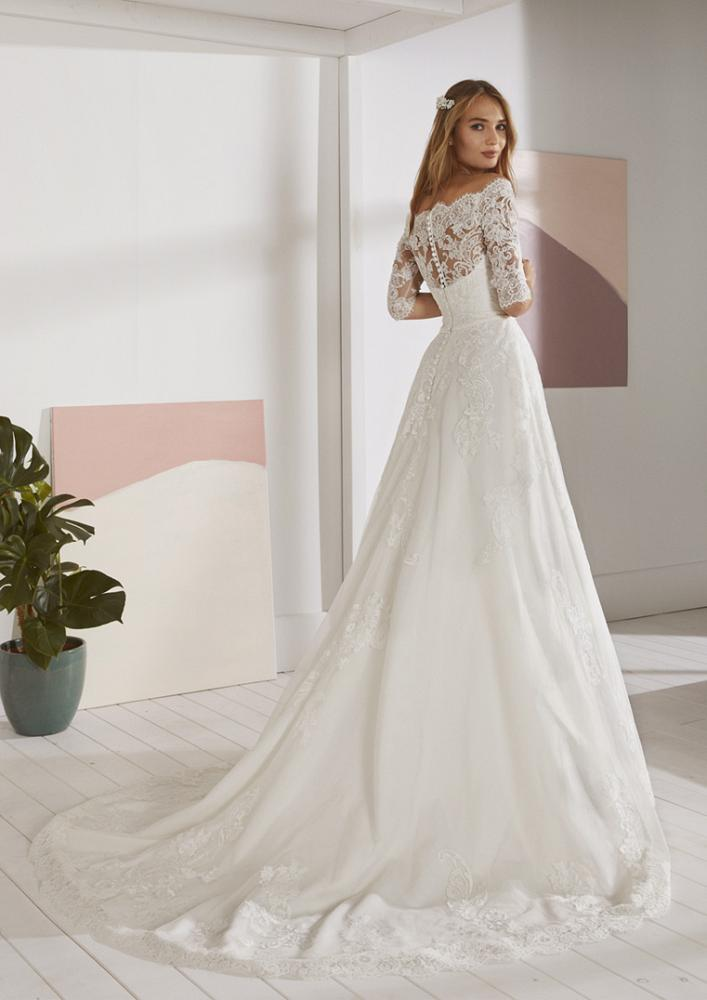celli-spose-2020-white-one-pronovias-OSSA-C