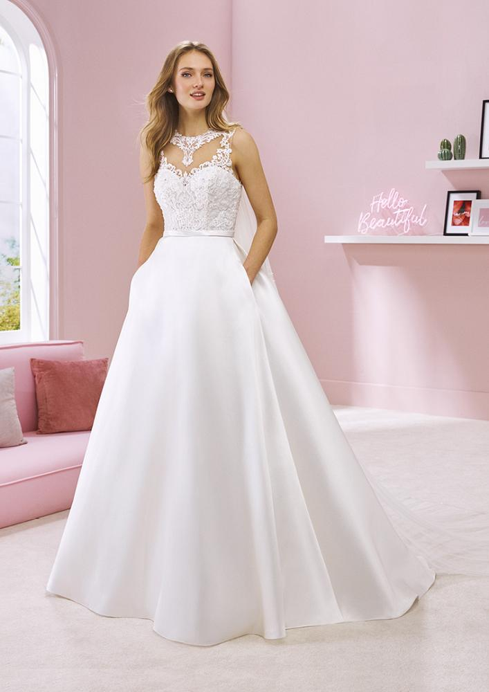celli-spose-2020-white-one-pronovias-RAVEENA-B