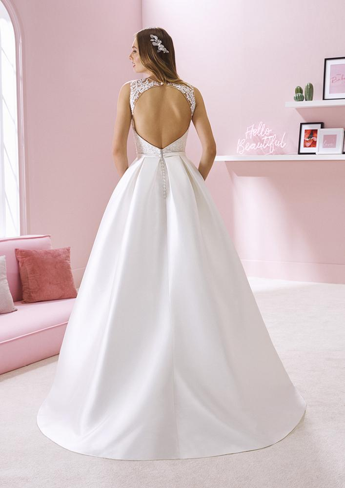 celli-spose-2020-white-one-pronovias-RAVEENA-C