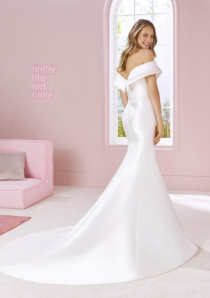 celli-spose-2020-white-one-pronovias-TINA-C
