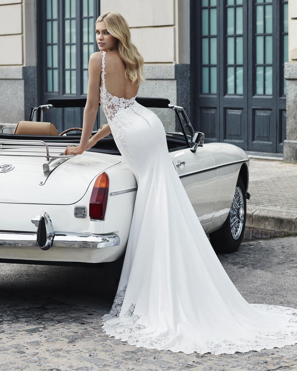 celli-spose-collezione-matrimonio-sposa-luna-novias-rosa-clara-3S107_1_VALET