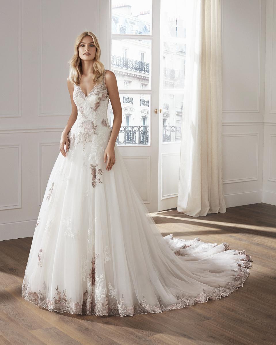 celli-spose-collezione-matrimonio-sposa-luna-novias-rosa-clara-3S147_1_VIC