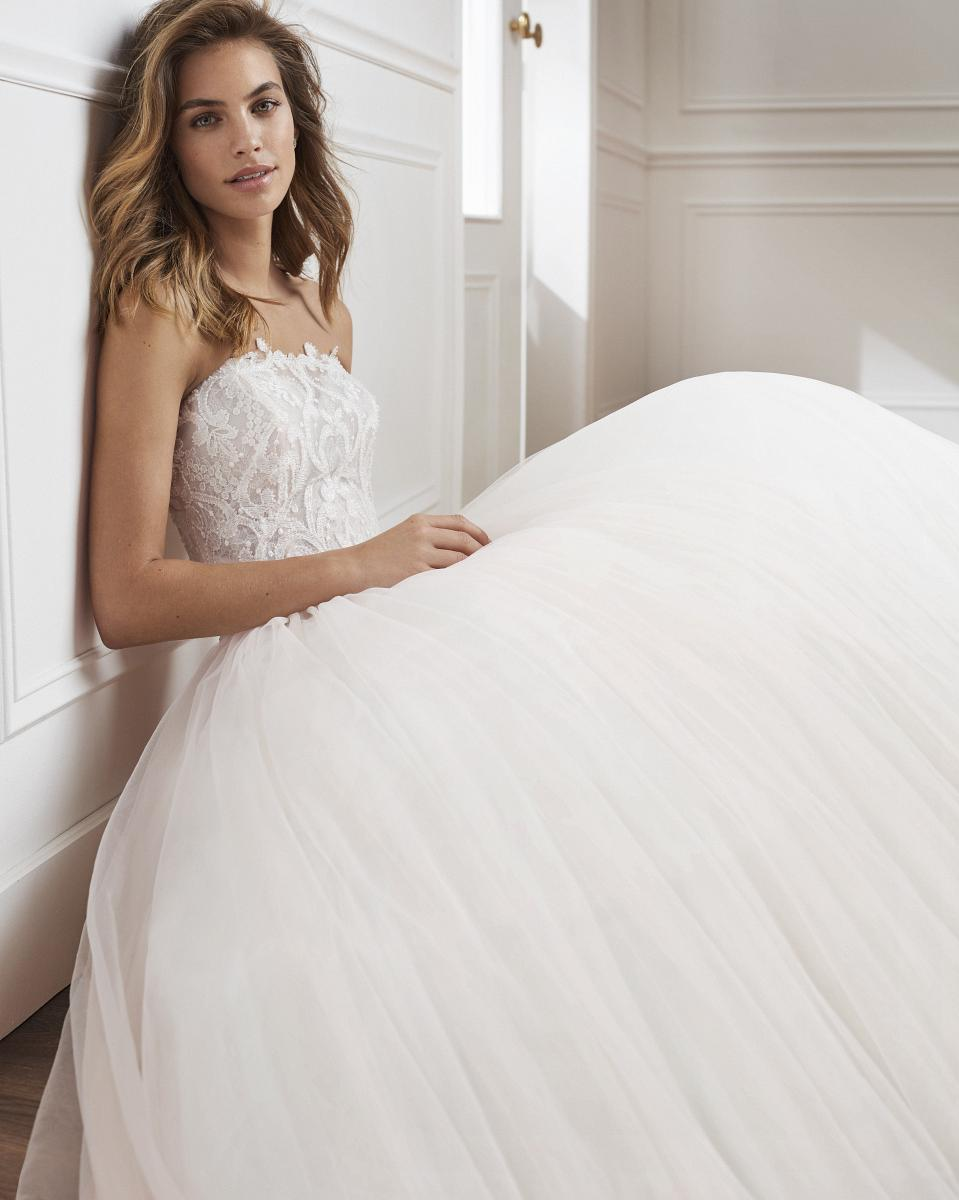 celli-spose-collezione-matrimonio-sposa-luna-novias-rosa-clara-3S155_1_VILA