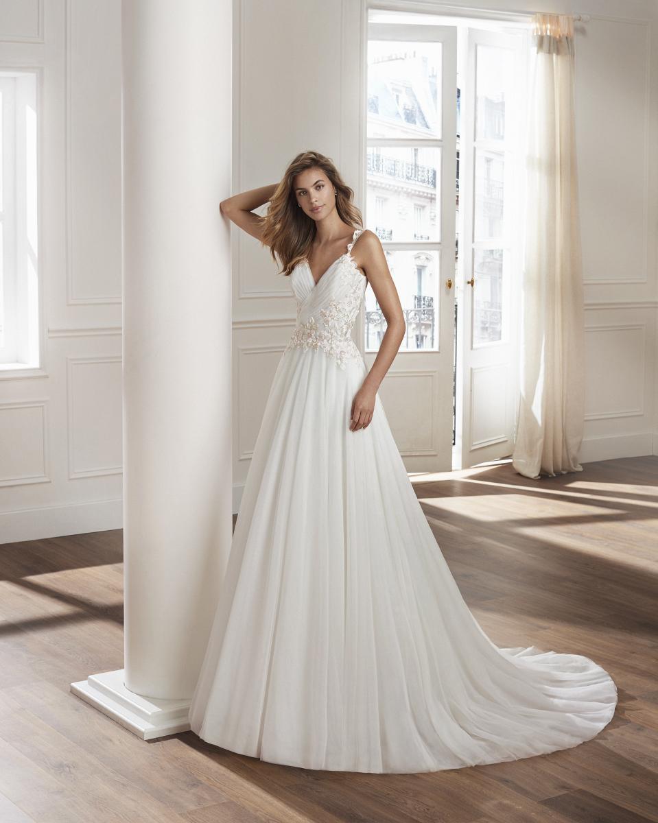 celli-spose-collezione-matrimonio-sposa-luna-novias-rosa-clara-3S159_2_VILASSAR