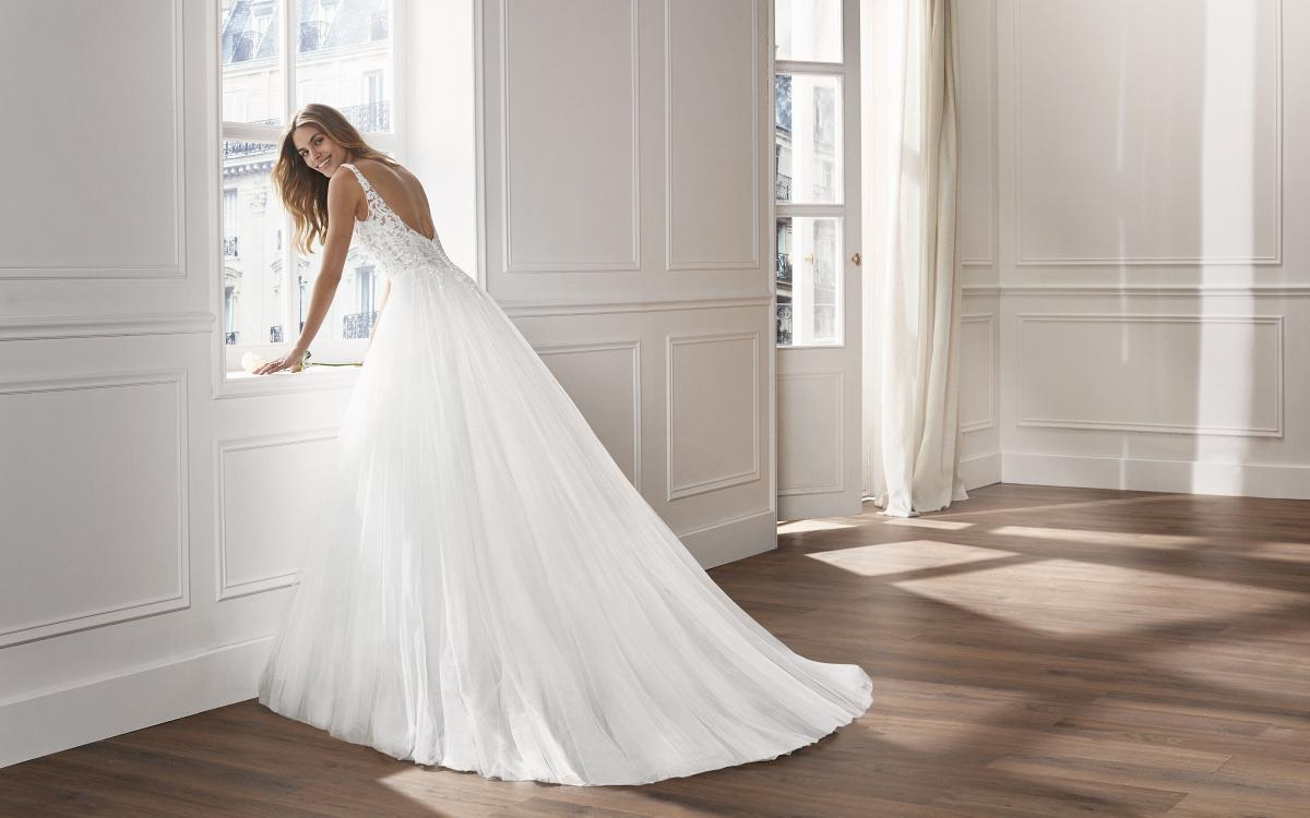 celli-spose-collezione-matrimonio-sposa-luna-novias-rosa-clara-3S164_1_VINUES