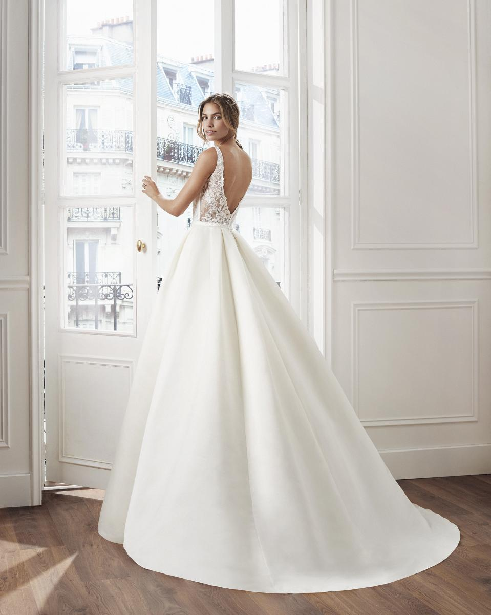 celli-spose-collezione-matrimonio-sposa-luna-novias-rosa-clara-3S175_1_VLADIK
