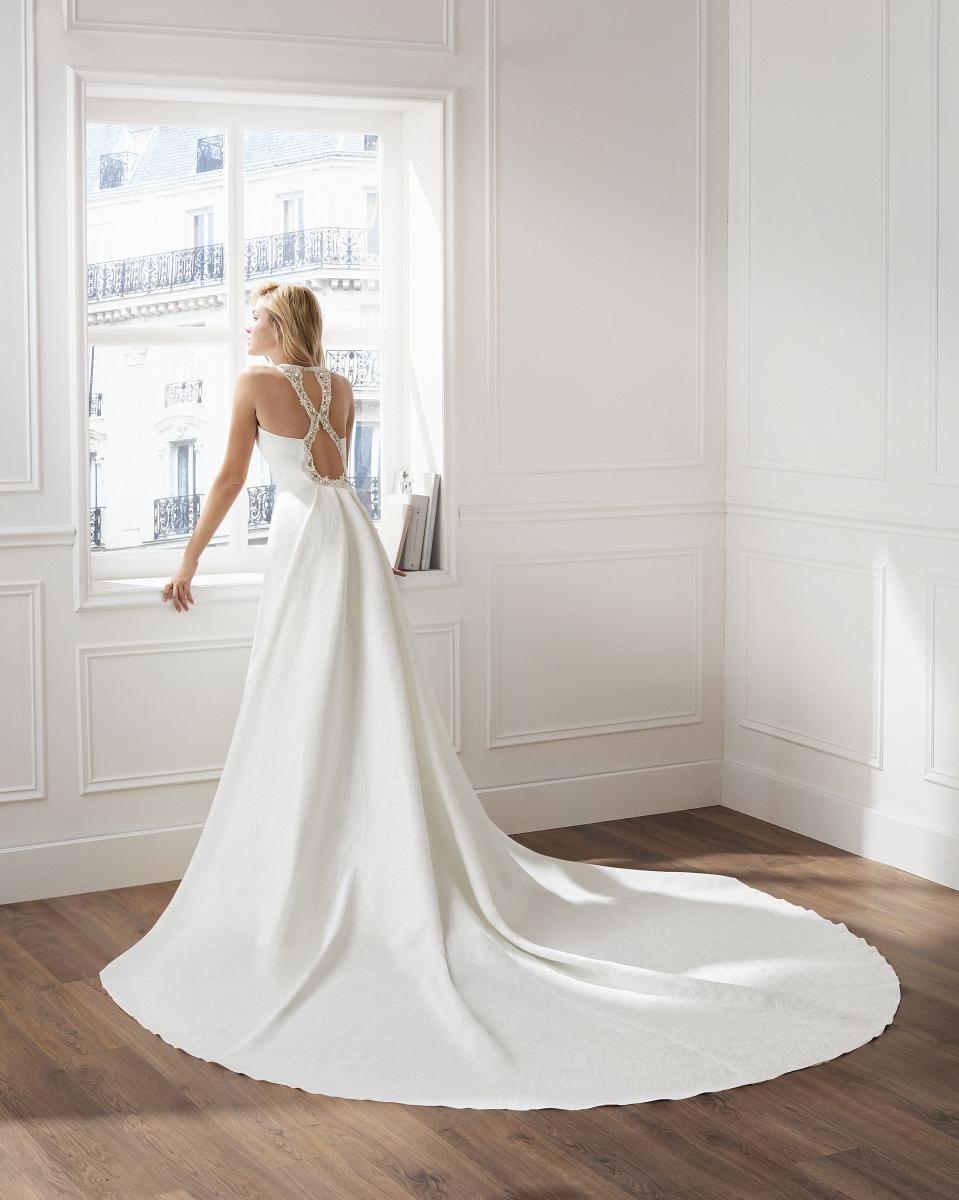 celli-spose-collezione-matrimonio-sposa-luna-novias-rosa-clara-3S269_2_VISPERA