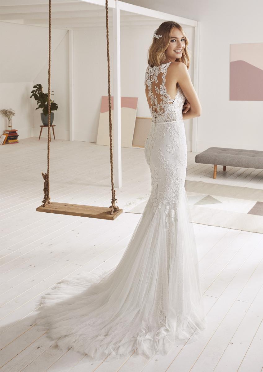 celli-spose-collezione-matrimonio-sposa-white-one-pronovias-OBELIA-C