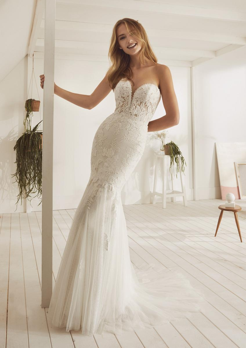 celli-spose-collezione-matrimonio-sposa-white-one-pronovias-OCAMPA-B