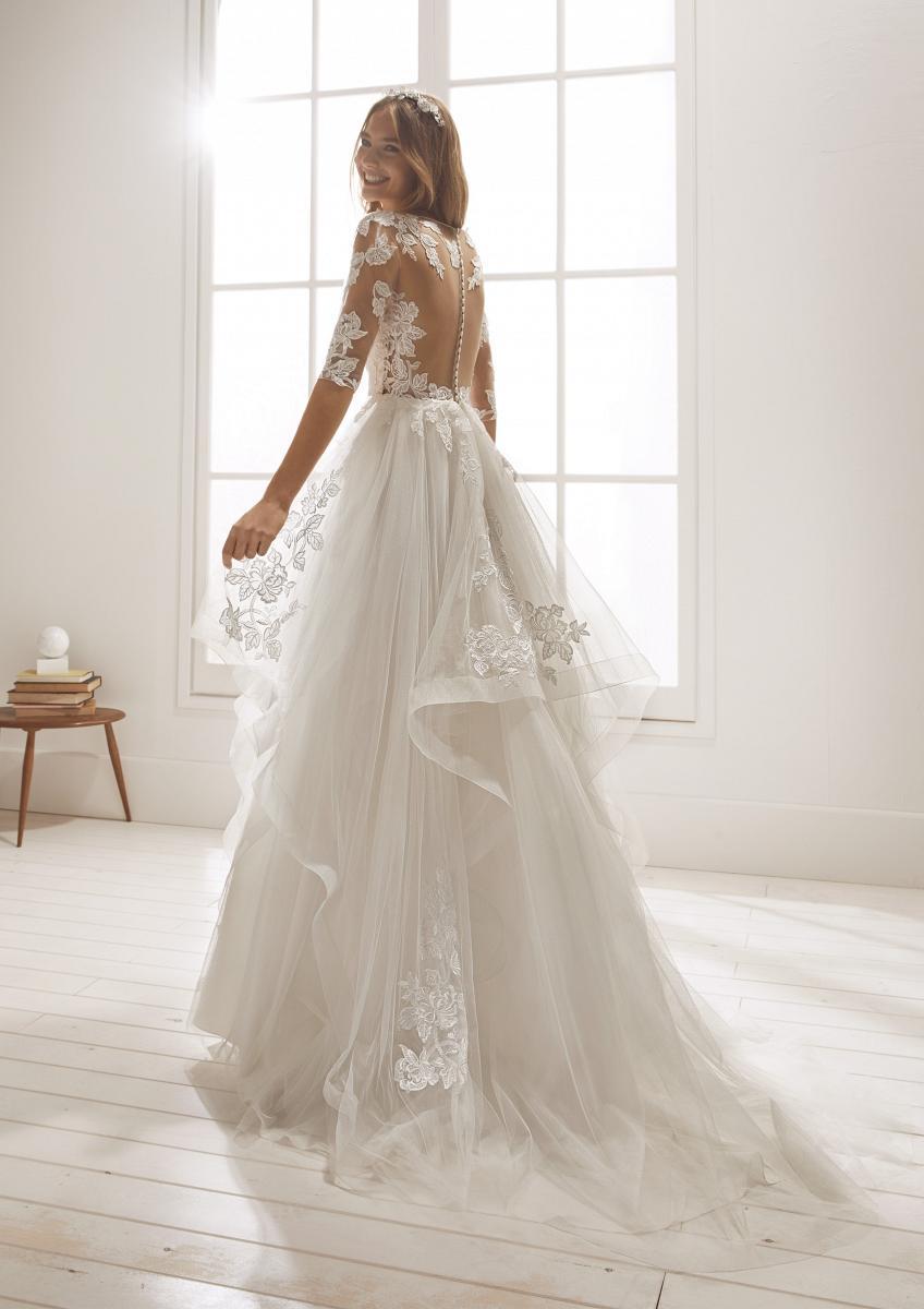 celli-spose-collezione-matrimonio-sposa-white-one-pronovias-ODETA-C