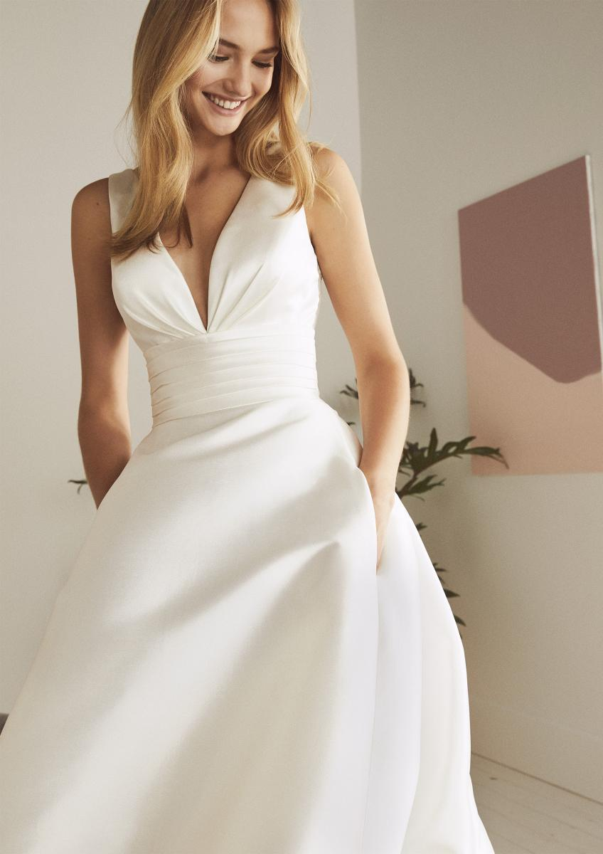 celli-spose-collezione-matrimonio-sposa-white-one-pronovias-ODINA-D