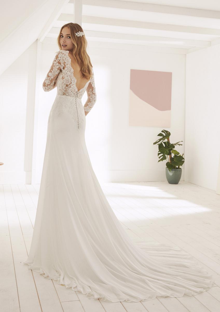 celli-spose-collezione-matrimonio-sposa-white-one-pronovias-OGARA-C