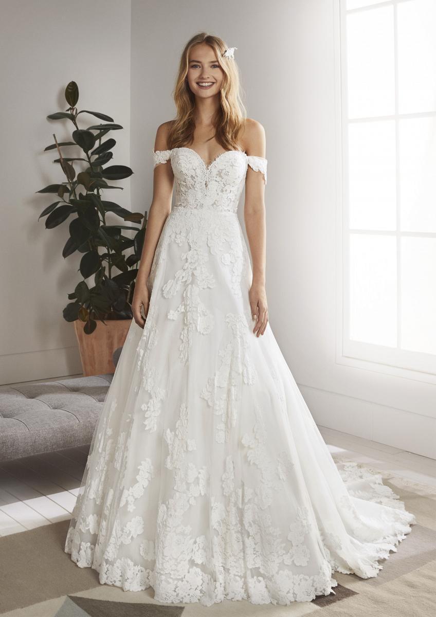 celli-spose-collezione-matrimonio-sposa-white-one-pronovias-OLIOLA-B