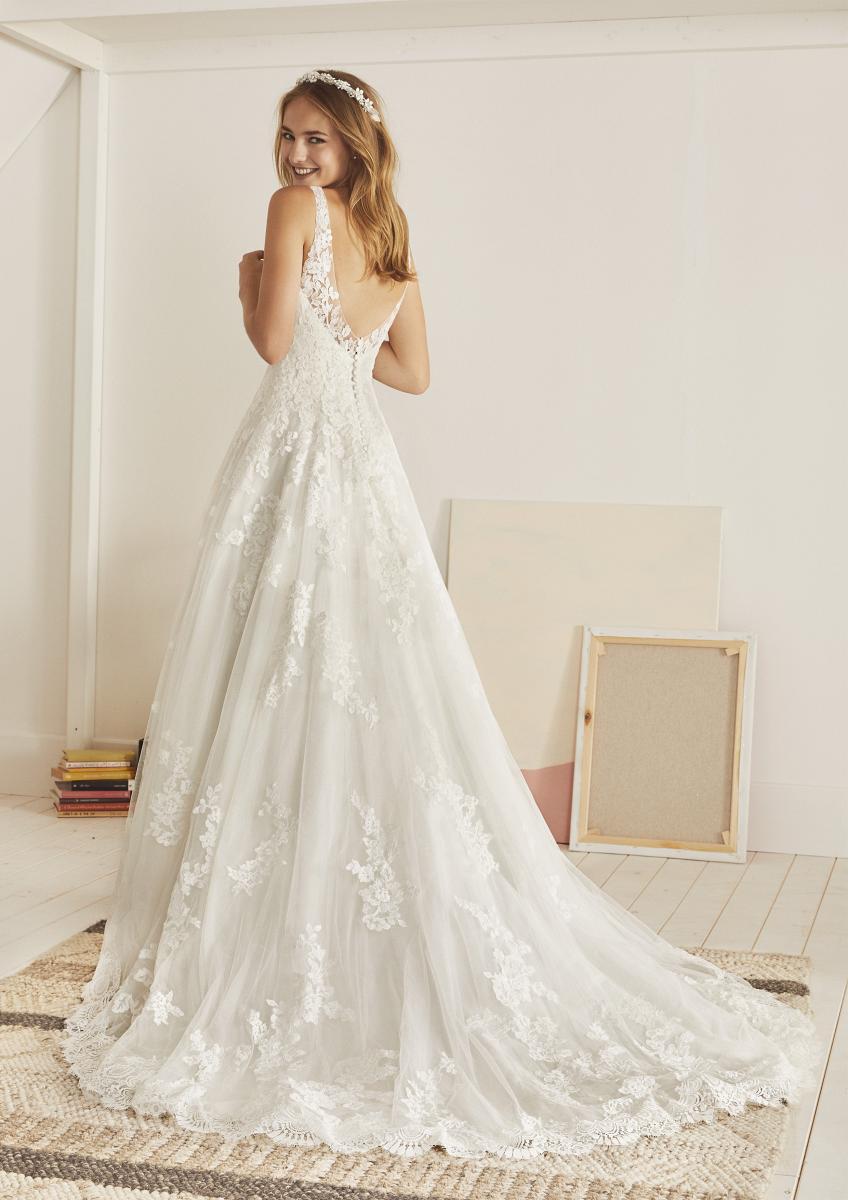 celli-spose-collezione-matrimonio-sposa-white-one-pronovias-OLITE-C