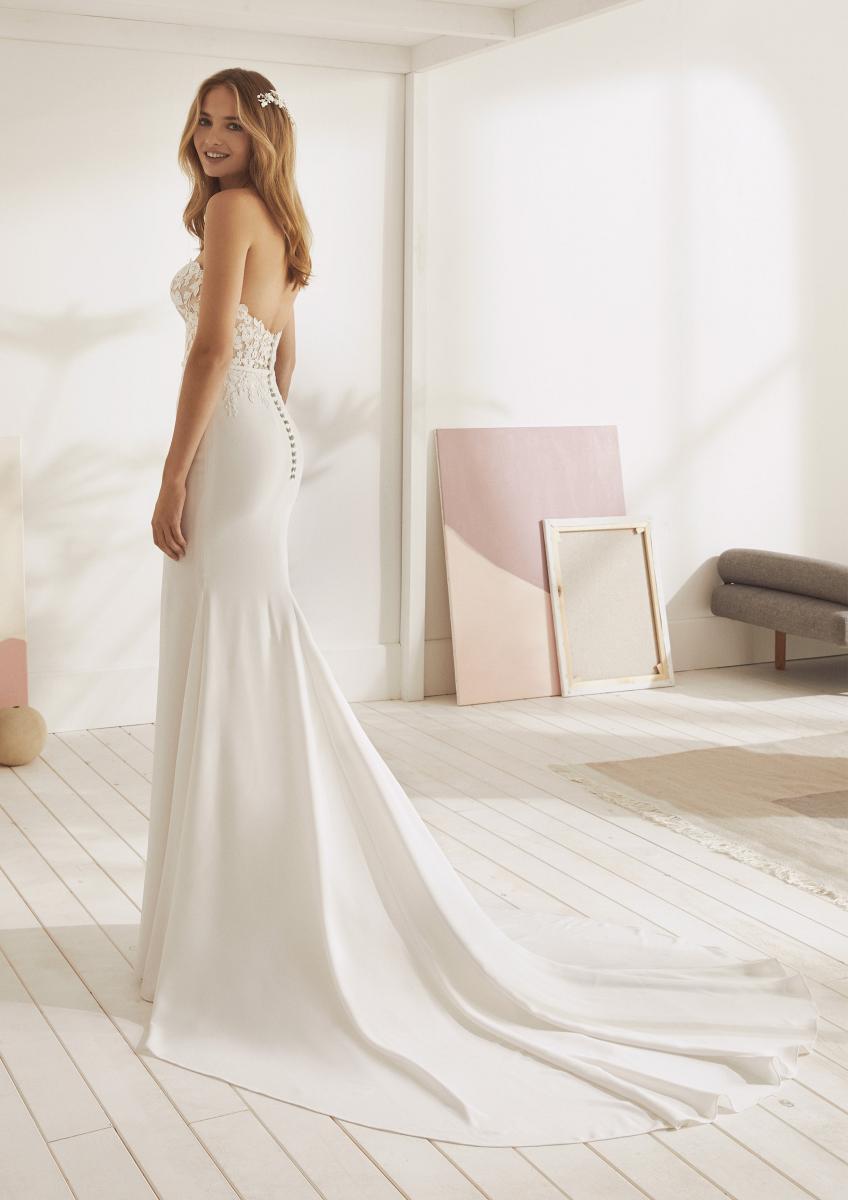 celli-spose-collezione-matrimonio-sposa-white-one-pronovias-OMURA-C