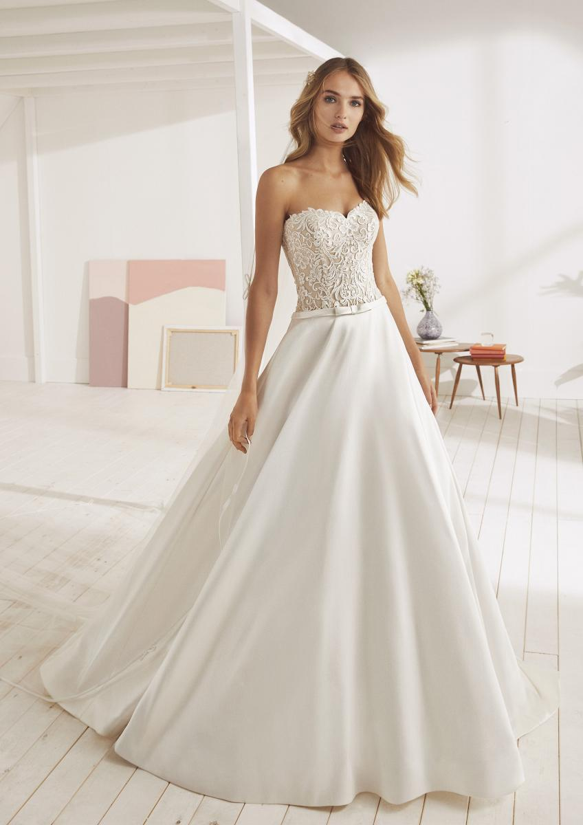 celli-spose-collezione-matrimonio-sposa-white-one-pronovias-OONA-B