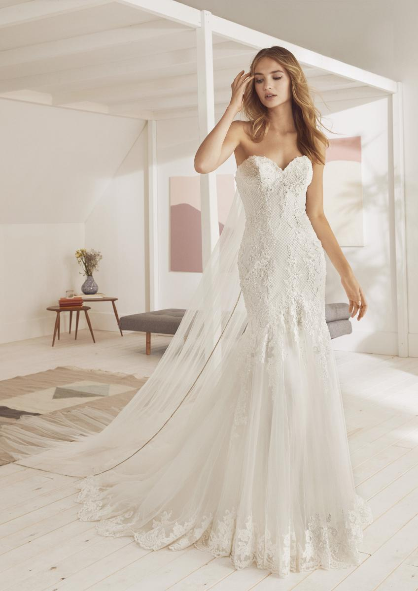 celli-spose-collezione-matrimonio-sposa-white-one-pronovias-ORZOLA-B