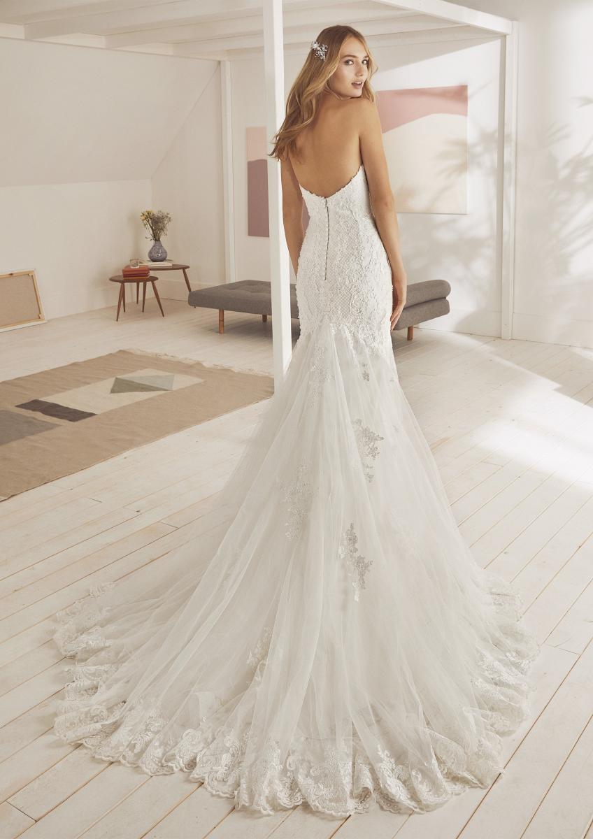 celli-spose-collezione-matrimonio-sposa-white-one-pronovias-ORZOLA-C
