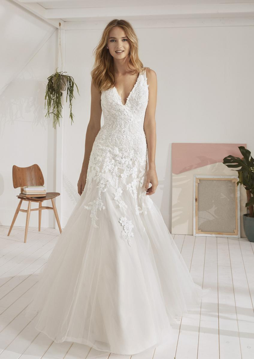 celli-spose-collezione-matrimonio-sposa-white-one-pronovias-OVIEDO-B