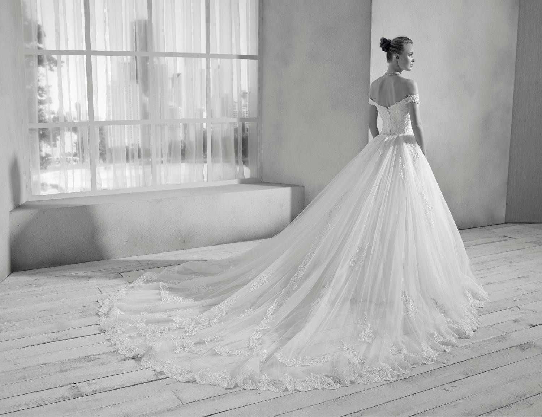 celli-spose-collezione-sposa-2019-divina-sposa-19113-CB09_3811 B&W