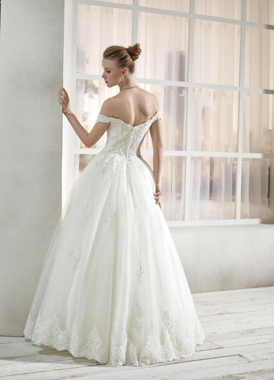 celli-spose-collezione-sposa-2019-divina-sposa-19113-CB09_3829