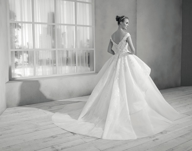 celli-spose-collezione-sposa-2019-divina-sposa-19119_4314 B&W