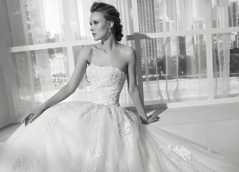 celli-spose-collezione-sposa-2019-divina-sposa-19121_1861 B&W