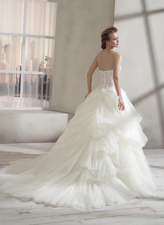 celli-spose-collezione-sposa-2019-divina-sposa-19126-CB10_3129