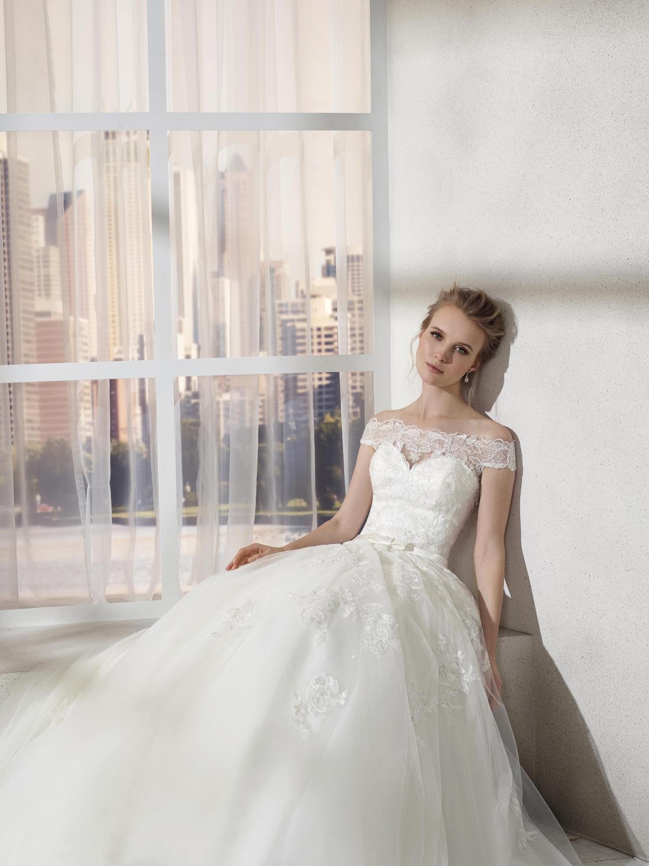 celli-spose-collezione-sposa-2019-divina-sposa-19128_2441