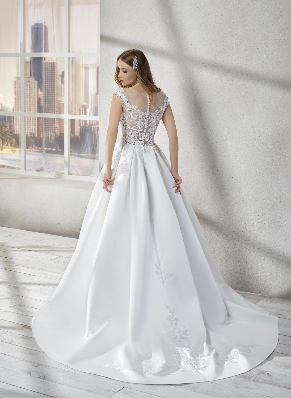 celli-spose-collezione-sposa-2019-divina-sposa-19142-PE03_8873