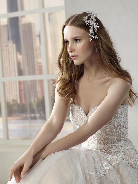 celli-spose-collezione-sposa-2019-divina-sposa-19144-PI04_0210