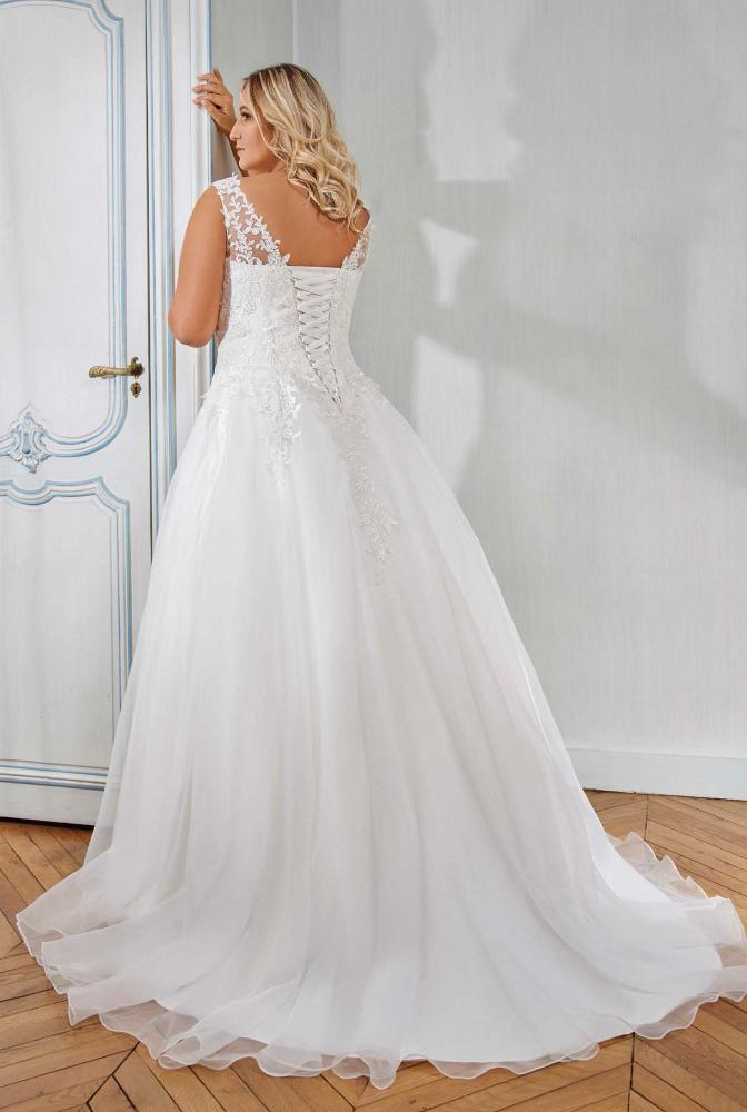 celli-spose-sposa-2021-miss-kelly-curvy_218-11-02